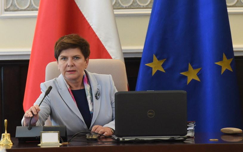 Premier Beata Szydło przed posiedzeniem rządu /Radek Pietruszka /PAP