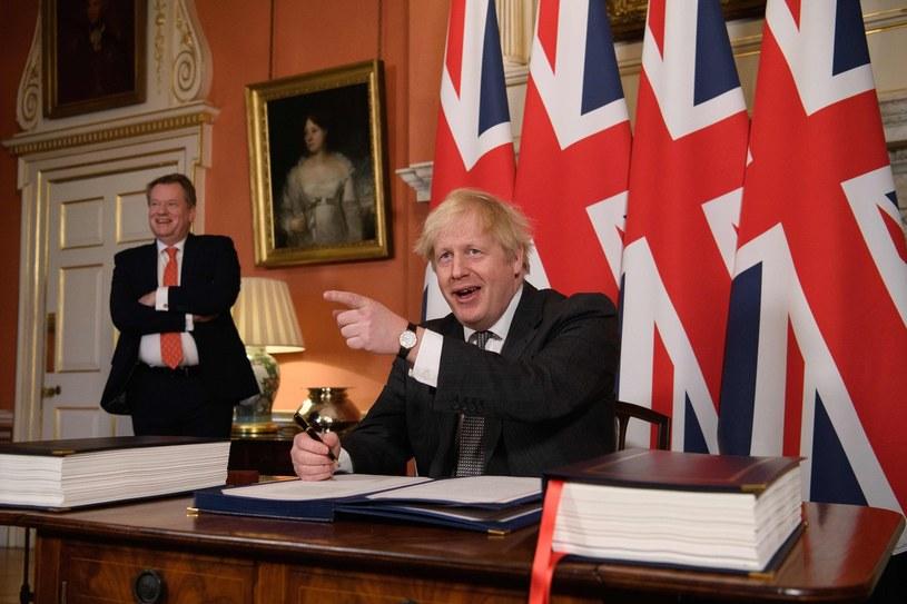 Premier Boris Johnson i David Frost /AFP