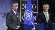 Premier Czarnogówy i minister spraw zagranicznych i integracji europejskiej Igor Luksic i sekretarz generalny NATO Jens Stoltenberg