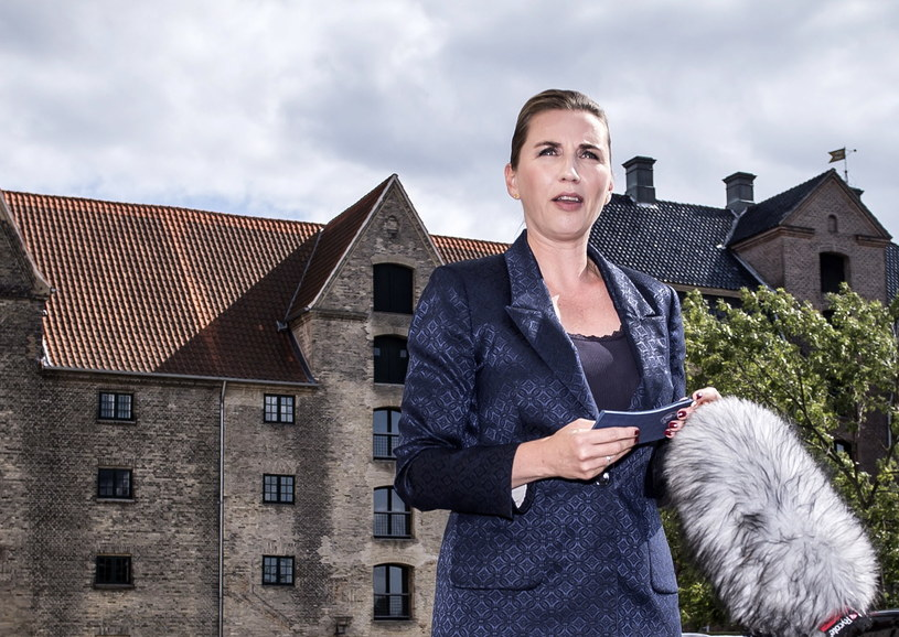 Premier Danii Mette Frederiksen wygłasza oświadczenie w sprawie odwołania wizyty w Danii przez prezydenta USA Donalda Trumpa, 21.08.2019 /Mads Claus Rasmussen DENMARK OUT /PAP/EPA