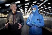 Premier Danii z wizytą na fermie norek. Nie kryła łez