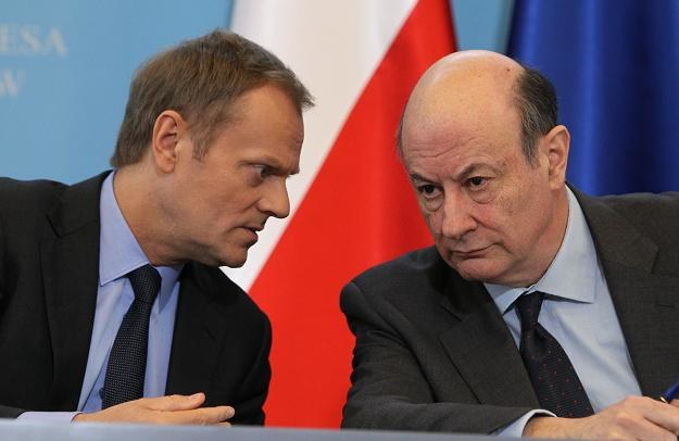 Premier Donald Tusk (L) i wicepremier, minister finansów Jacek Rostowski (P) /PAP