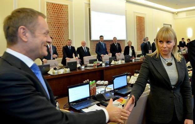 Premier Donald Tusk (L) i wicepremier, minister infrastruktury i rozwoju Elżbieta Bieńkowska (P) /PAP