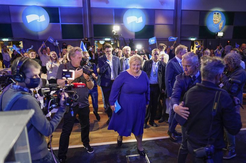 Premier Erna Solberg uznała swoją porażkę /AFP