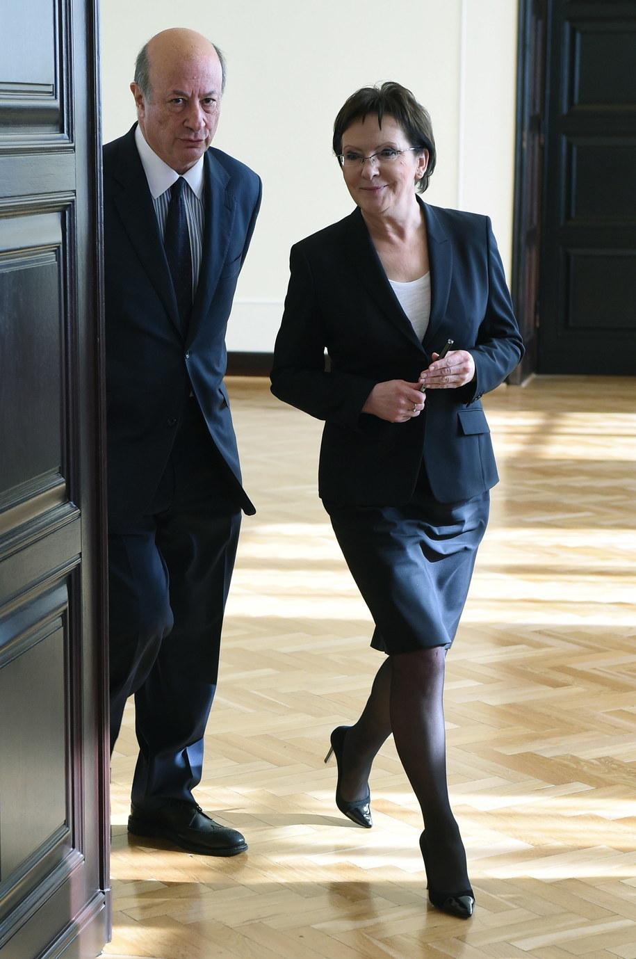 Premier Ewa Kopacz i szef zespołu doradców Jacek Rostowski /Radek Pietruszka /PAP