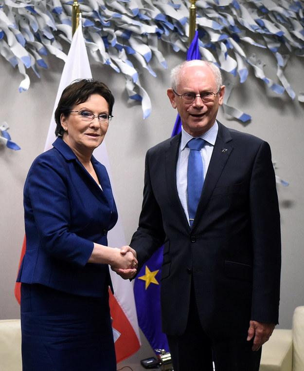 Premier Ewa Kopacz podczas spotkania z przewodniczącym Rady Europejskiej Hermanem Van Rompuyem w Brukseli /Radek Pietruszka /PAP
