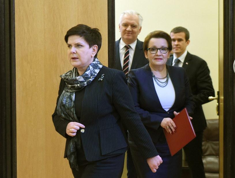 Premier i ministrowie /Radek Pietruszka /PAP