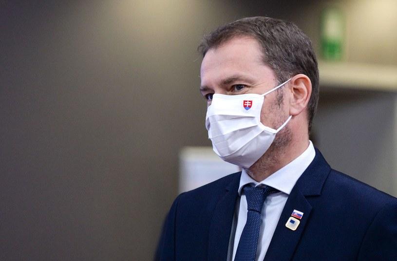 Premier Igor Matowicz zapowiedział, że od poniedziałku na Słowacji zostaną poluzowane obostrzenia związane z walką z COVID-19 /AFP/POOL JOHANNA GERON /AFP