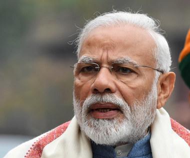 Premier Indii popiera technologię wśród dzieci