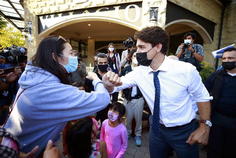 Premier Kanady Justin Trudeau prowadzi kampanię wyborczą /AFP
