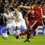 Premier League. Steven Gerrard: Real Madryt chciał, bym wywołał wojnę w Liverpoolu