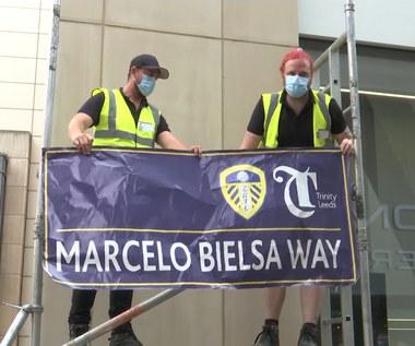 Premier League. Ulica w Leeds przemianowana na cześć Marcelo Bielsy. Wideo