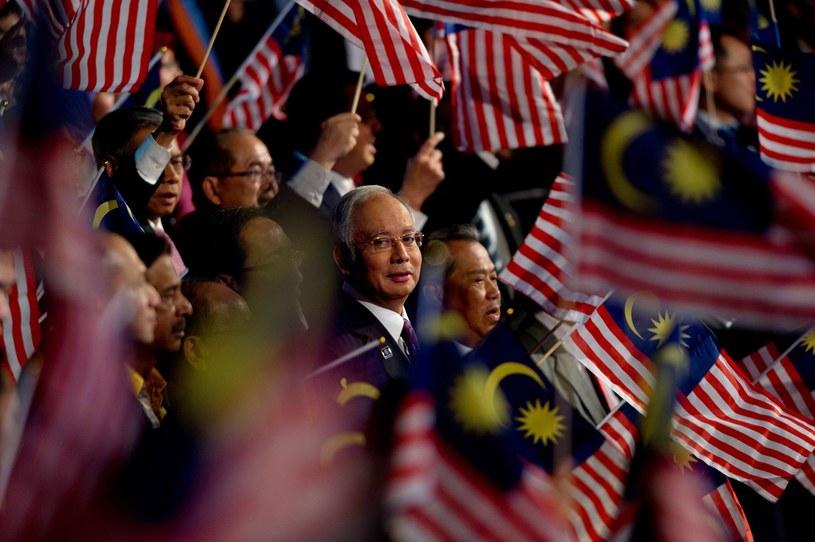 Premier Malezji Najib Tun Razak (w środku) /AFP