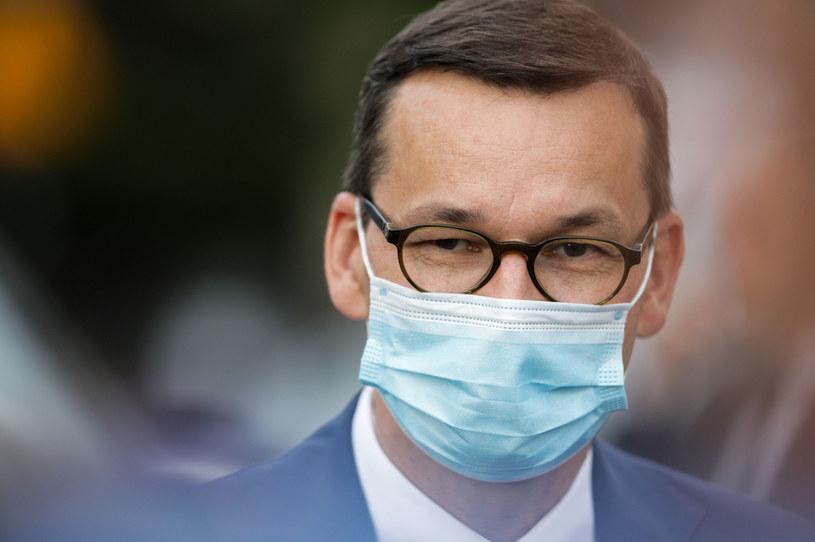 Premier Mateusz Morawiecki apeluje do Polaków w kwestii szczepień /Andrzej Hulimka  /Agencja FORUM
