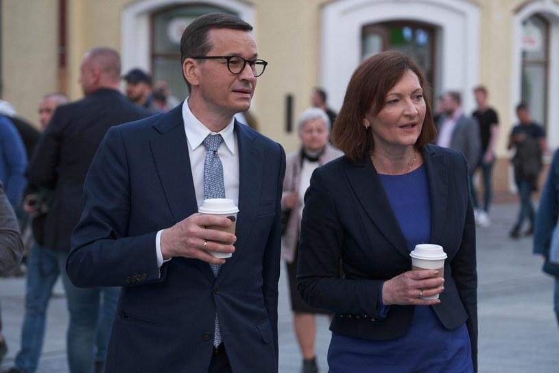 Premier Mateusz Morawiecki i kandydatka PiS na prezydenta Rzeszowa Ewa Leniart podczas wizyty w Rzeszowie /PAP/Mateusz Marek /PAP