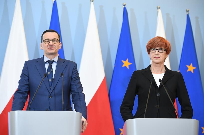 Premier Mateusz Morawiecki i minister Elżbieta Rafalska /Rafał Oleksiewicz/ REPORTER /Reporter