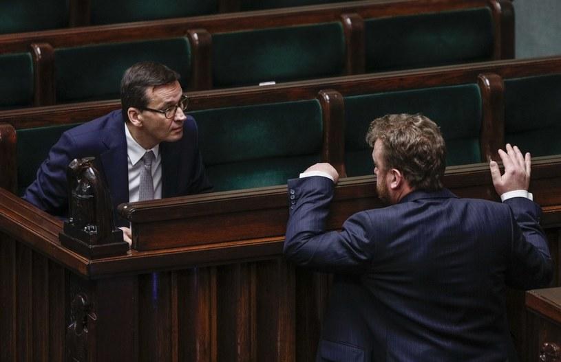 Premier Mateusz Morawiecki i minister zdrowia Łukasz Szumowski /Dudek Jerzy /Agencja FORUM