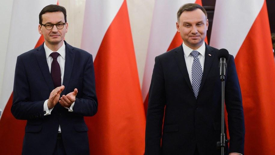 Premier Mateusz Morawiecki i prezydent Andrzej Duda / Leszek Szymański    /PAP