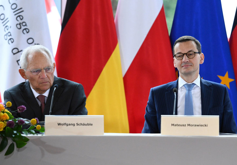 Premier Mateusz Morawiecki i przewodniczący Bundestagu Wolfgang Schaeuble /Jacek Turczyk /PAP