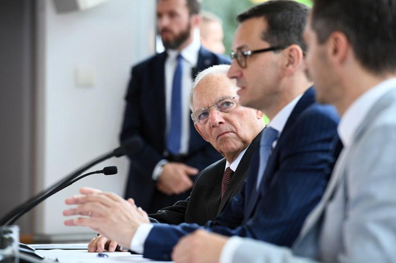 Premier Mateusz Morawiecki i przewodniczący Bundestagu Wolfgang Schaeuble w Natolinie /Jacek Turczyk /PAP