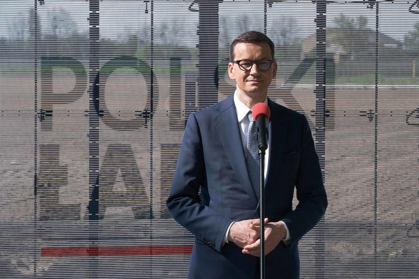 Premier Mateusz Morawiecki jeździ po Polsce promując Nowy Ład /Mateusz Marek /PAP