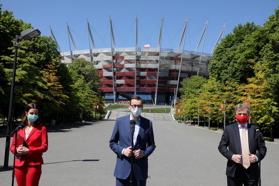 Premier Mateusz Morawiecki, minister sportu Danuta Dmowska Andrzejuk i prezes PZPN Zbigniew Boniek /Paweł Supernak /PAP