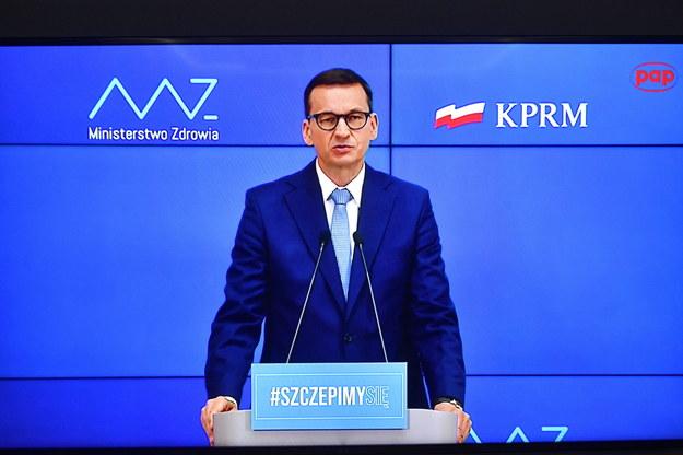 Premier Mateusz Morawiecki na konferencji prasowej /Radek  Pietruszka /PAP