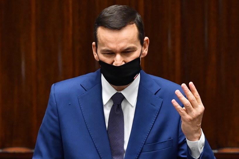 Premier Mateusz Morawiecki na sali obrad Sejmu, 21 bm. w Warszawie / Radek Pietruszka   /PAP