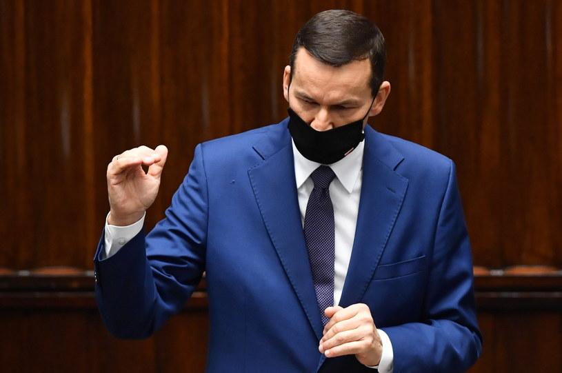 Premier Mateusz Morawiecki na sali obrad Sejmu / Radek Pietruszka   /PAP