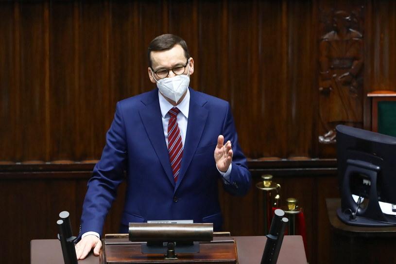 Premier Mateusz Morawiecki na sali obrad Sejmu /Rafał Guz /PAP