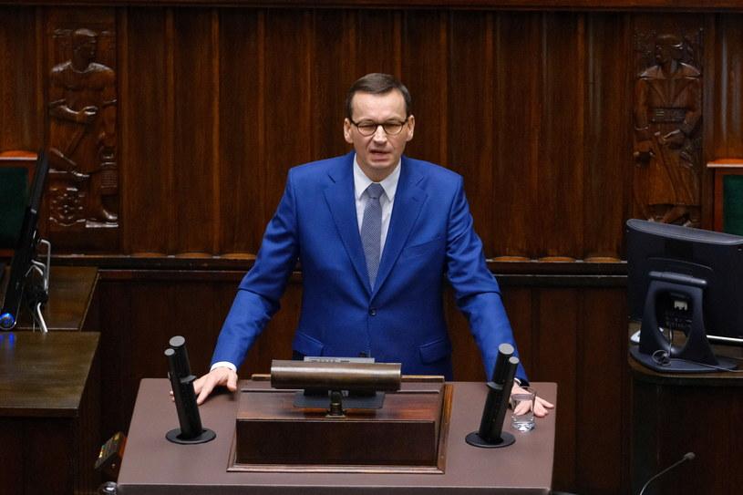 Premier Mateusz Morawiecki na sali plenarnej Sejmu /Mateusz Marek /PAP