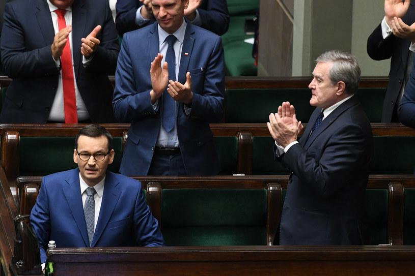 Premier Mateusz Morawiecki po głosowaniu nad wotum zaufania dla rządu /Jacek Dominski/REPORTER /Reporter