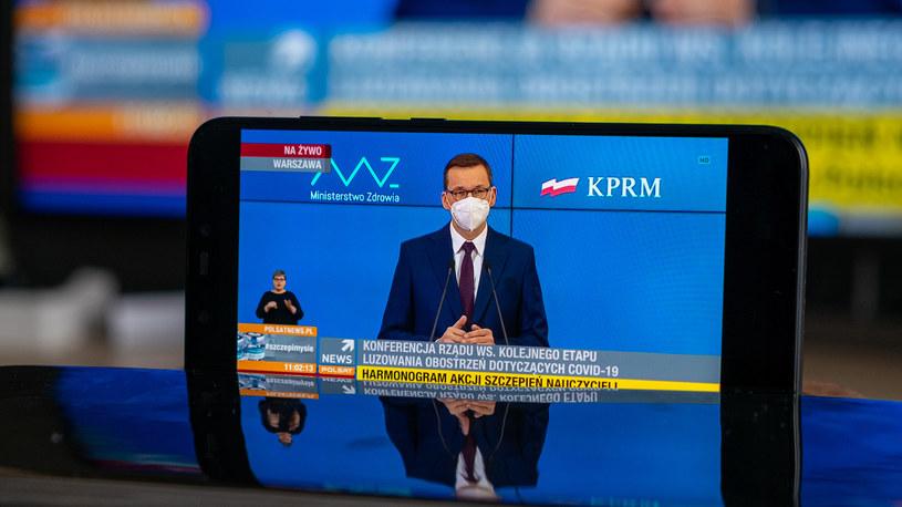 Premier Mateusz Morawiecki podczas konferencji prasowej /INTERIA.PL