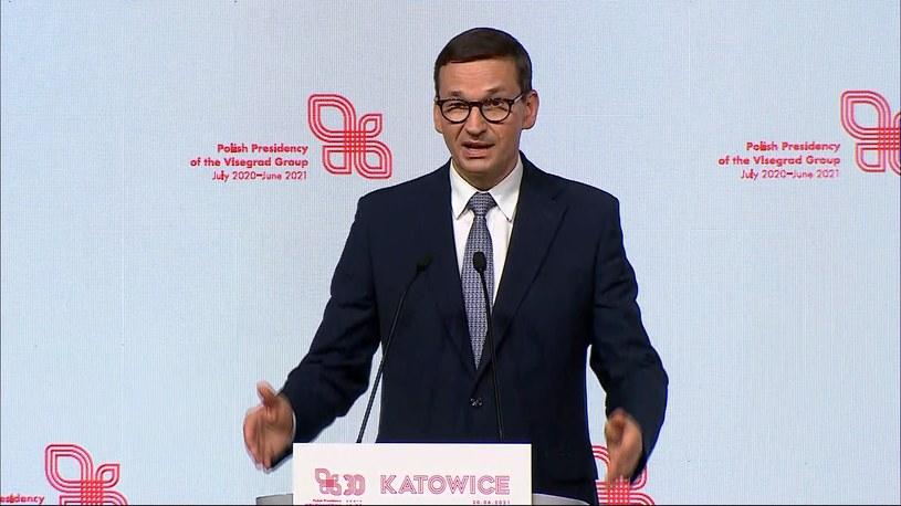 Premier Mateusz Morawiecki podczas konferencji prasowej /Screen z Polsat News /Polsat News