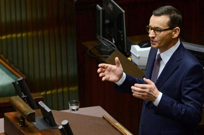 Premier Mateusz Morawiecki podczas przemówienia w Sejmie / Jakub Kamiński    /PAP