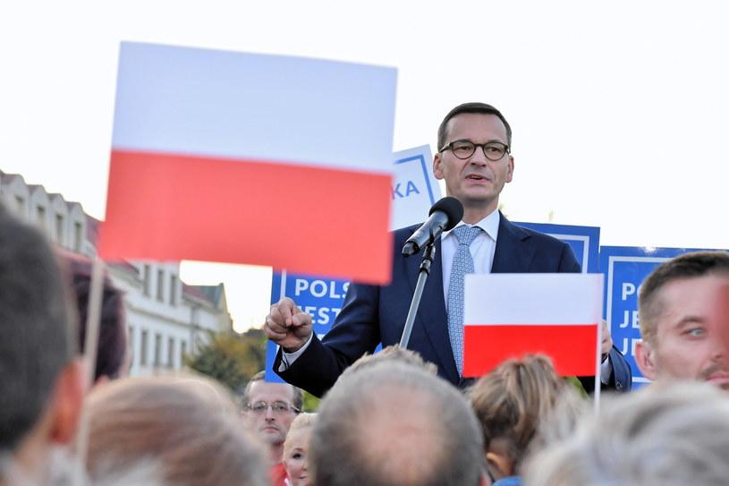 Premier Mateusz Morawiecki podczas spotkania wyborczego PiS w Opatowie / Piotr Polak    /PAP