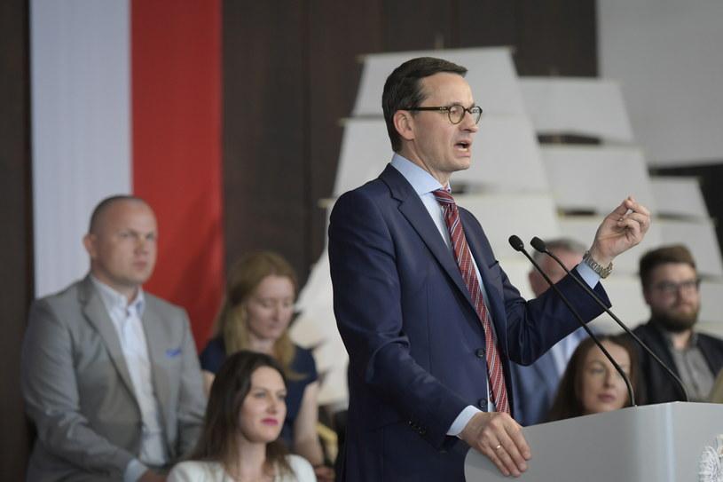 Premier Mateusz Morawiecki podczas spotkania z mieszkańcami Gdańska /Adam Warżawa /PAP