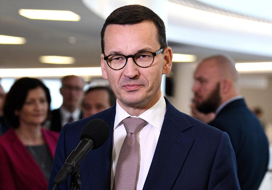 """Premier Mateusz Morawiecki stwierdził, że w sprawie afery KNF państwo zadziałało """"natychmiastowo"""" /Darek Delmanowicz /PAP"""