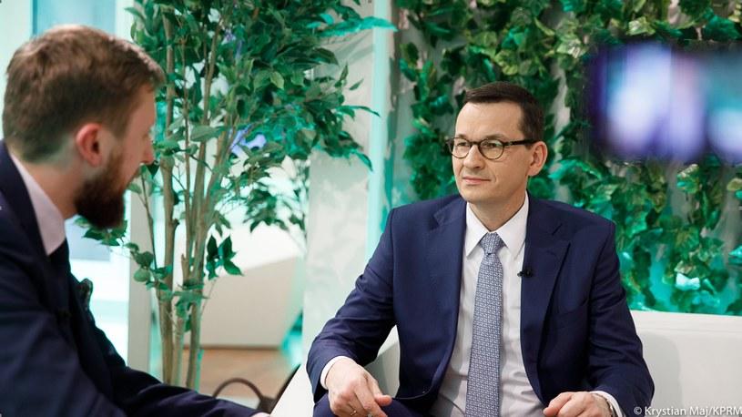 Premier Mateusz Morawiecki w wywiadzie z Bartoszem Bednarzem w Davos / Krystian Maj /