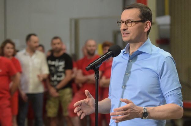 Premier Mateusz Morawiecki w zakładzie produkcyjnym Ceramika Tubądzin /Grzegorz Michałowski   /PAP