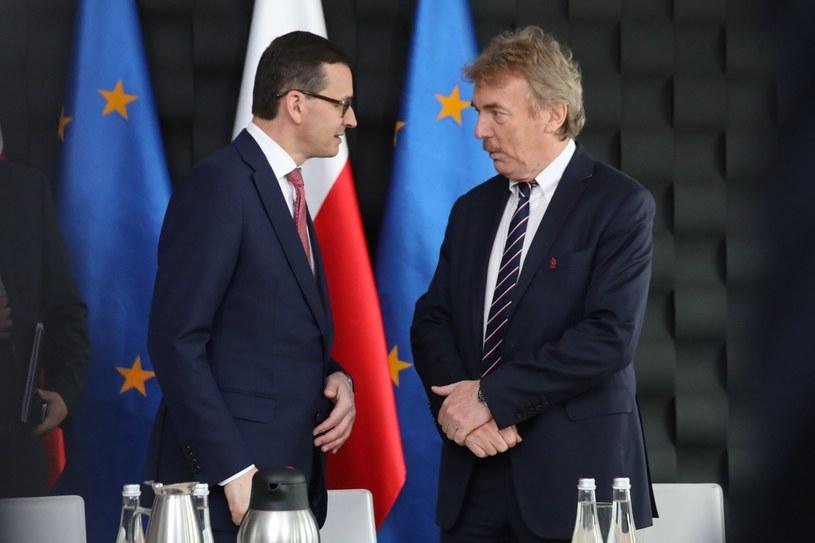 Premier Mateusz Morawiecki z prezesem PZPN Zbigniewem Bońkiem /Andrzej Iwańczuk/Reporter /East News