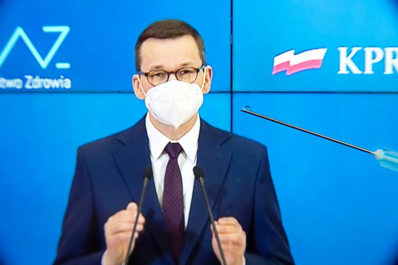 Premier Mateusz Morawiecki. /Wojciech Stóżyk /Reporter
