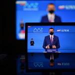 Premier Morawiecki: Wracamy do bezzwrotnych dotacji