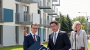 Premier Morawiecki wziął udział w przekazaniu kluczy do Mieszkanie Plus