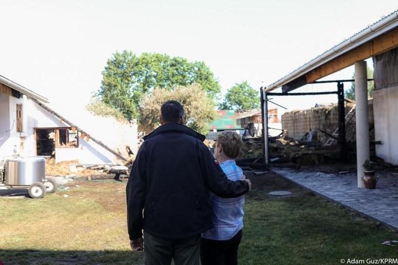 Premier na miejscu tragicznego pożaru w Nowej Białej; źródło KPRM /