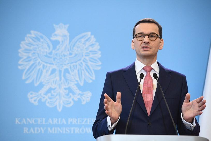 Premier Polski Mateusz Morawiecki podczas konferencji prasowej w Warszawie /Jacek Turczyk /PAP