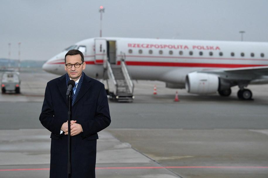 Premier RP Mateusz Morawiecki podczas oświadczenia dla mediów po powrocie ze szczytu UE / Radek Pietruszka   /PAP