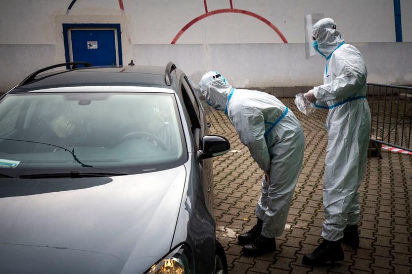 Premier Słowacji Igor Matovicz poinformował w poniedziałek, że w najbliższy weekend rozpocznie się pierwsza runda powszechnych testów na nosicielstwo Sars-CoV-2 /Gabriel Kuchta /Getty Images