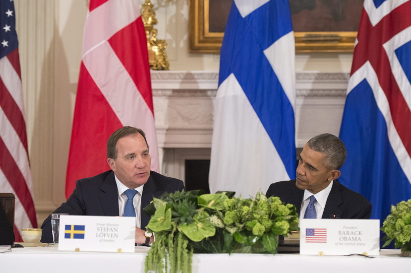 Premier Szwecji Stefan Lofven i prezydent USA Barack Obama /EPA/KEVIN DIETSCH / POOL /PAP/EPA