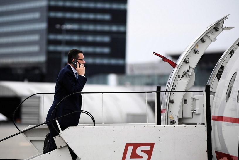 Premier w drodze do Brukseli /Marcin Kmieciński /PAP